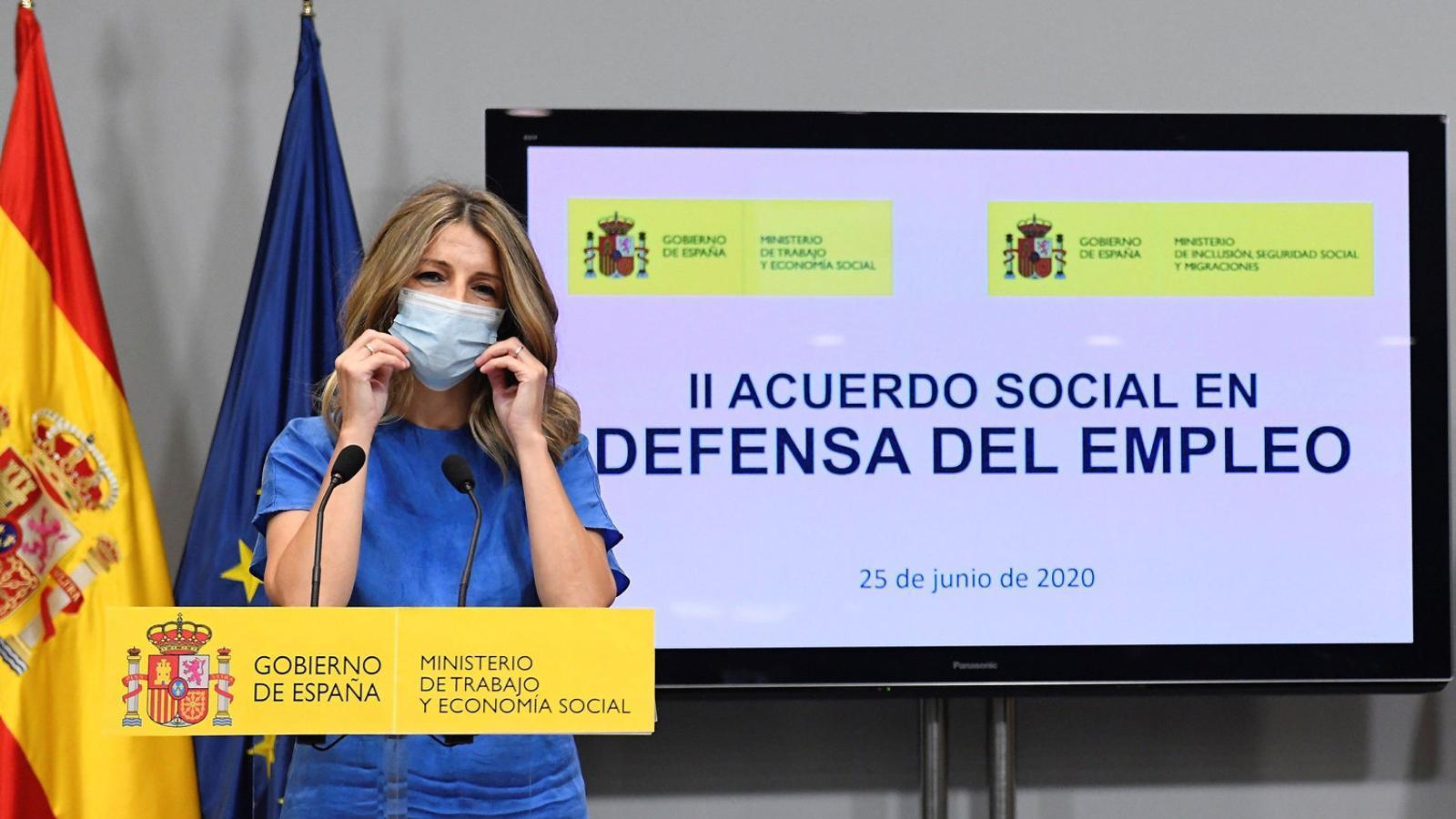 """Yolanda Díaz, ministra  De Treball, va assegurar ahir que l'acord """"dona seguretat i tranquil·litat  A les empreses i als treballadors""""."""