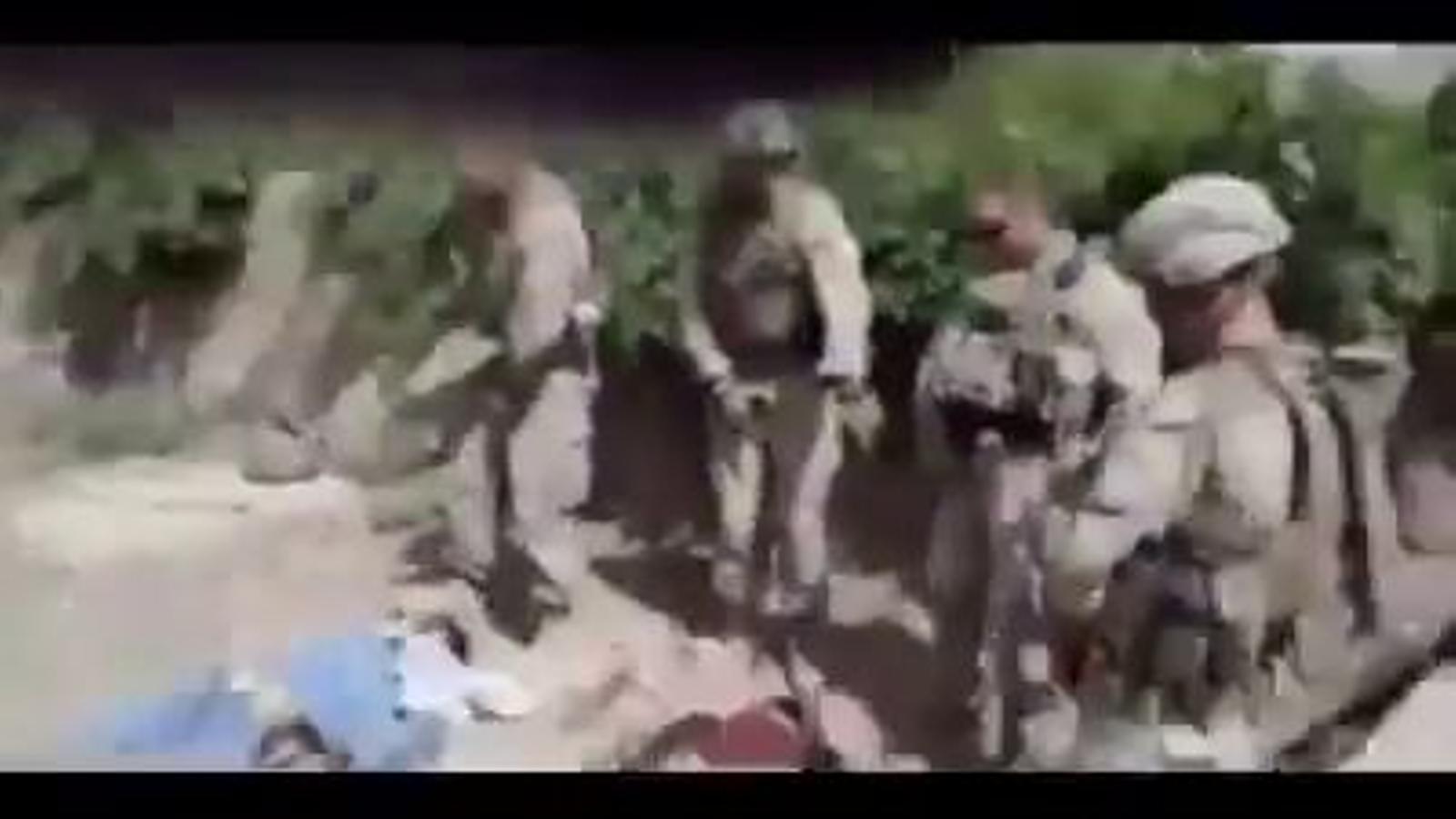 L'exèrcit nord-americà investiga un vídeo en què es veuen quatre soldats orinant sobre cadàvers de talibans