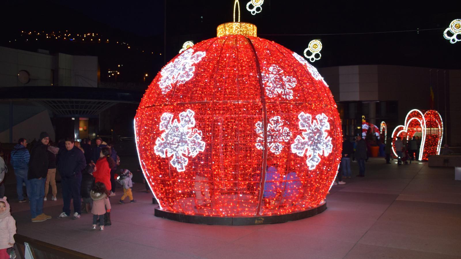 Els llums de Nadal a Encamp. / C. A.