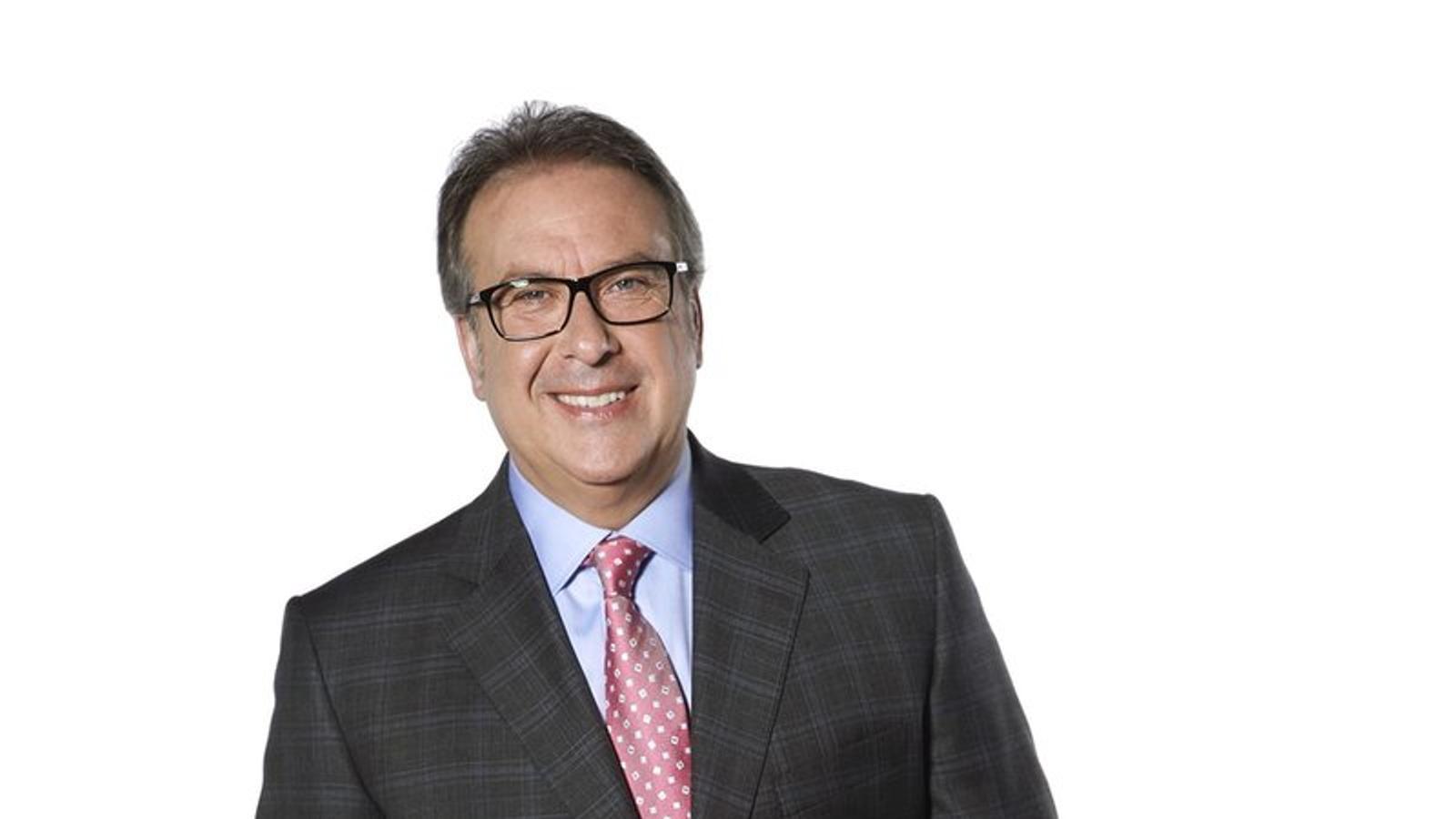 El periodista Josep Cuní, presentador de '8 al dia' a la cadena 8tv