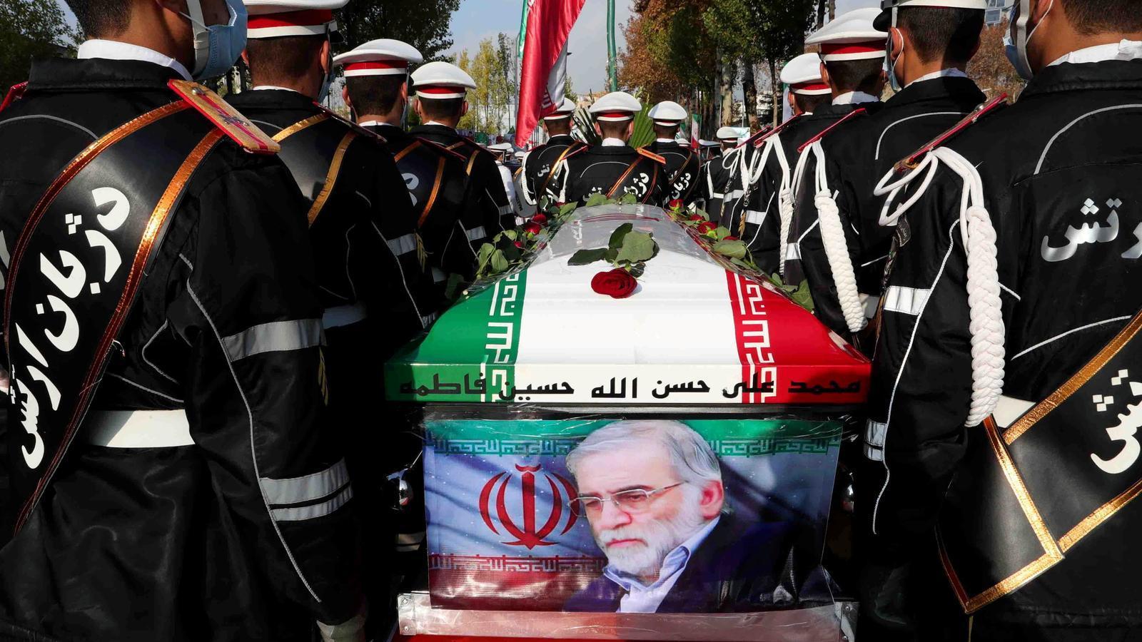 Una imatge del funeral d'estat d'aquest dilluns a Teheran.