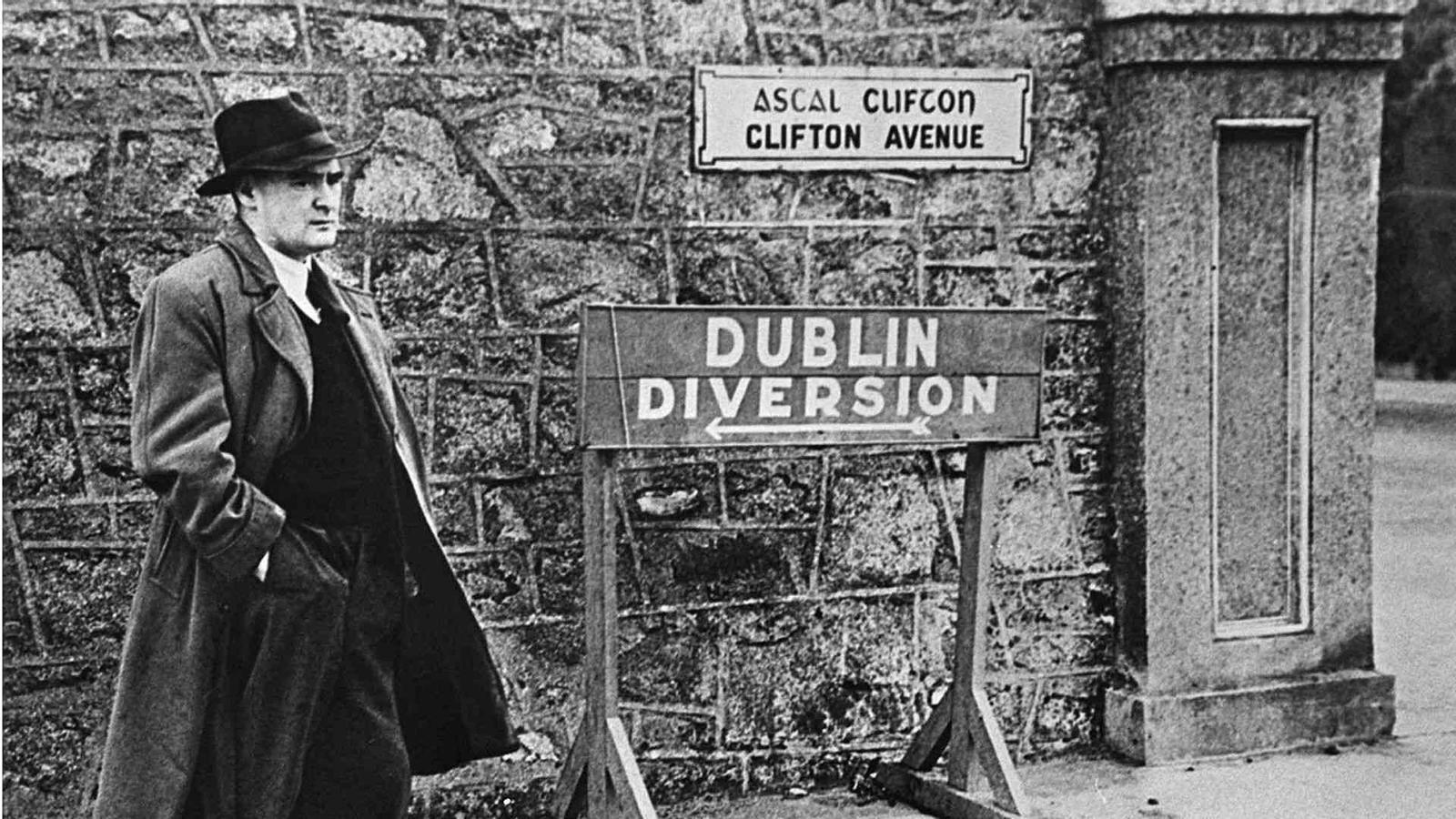 Flann O'Brien, als anys 40