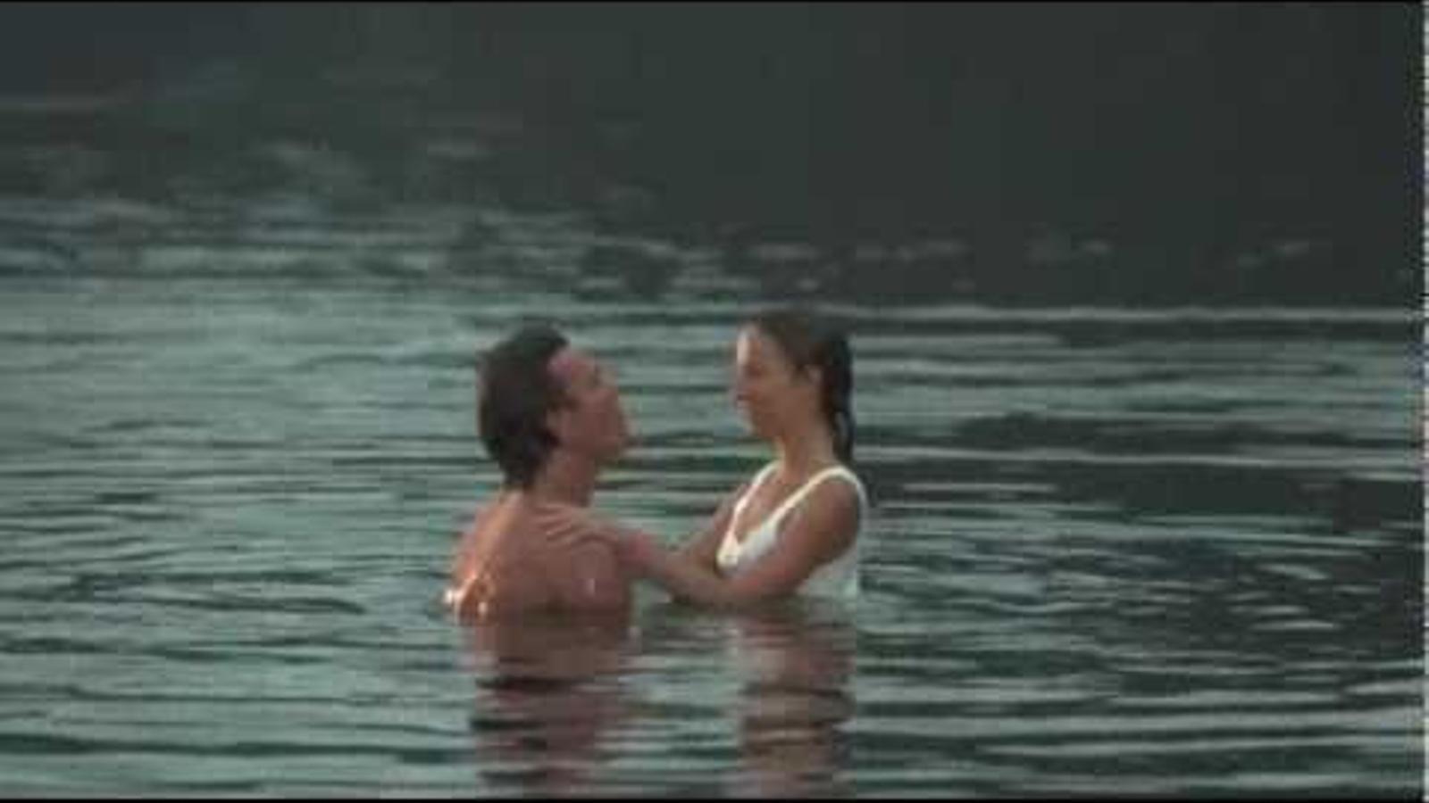 L'escena de 'Dirty dancing' amb el salt a l'aigua