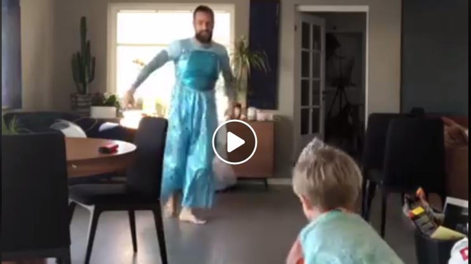 Un humorista noruec balla 'Let it go' de Frozen amb el seu fill