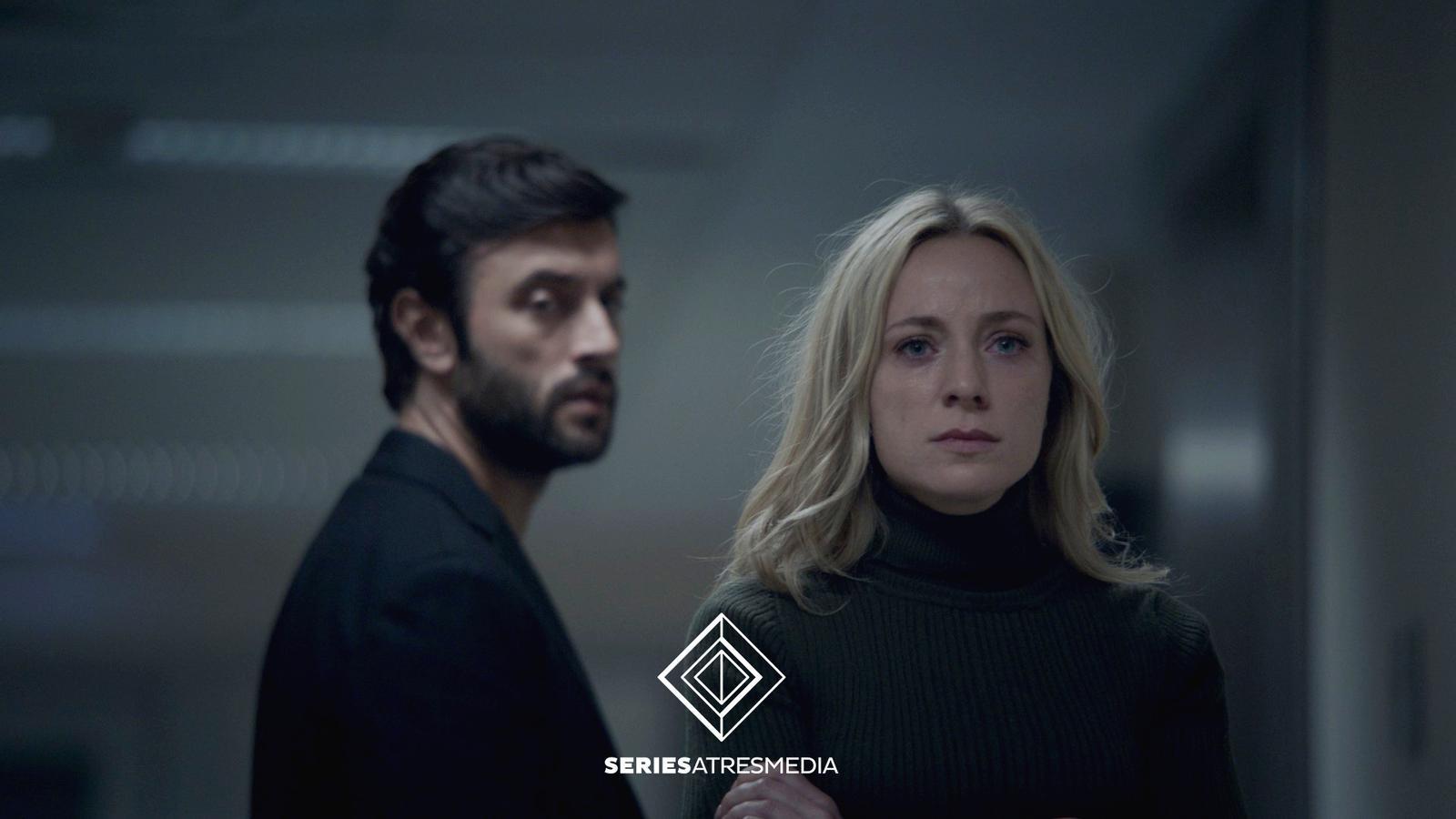 Antena 3 prepara la sèrie 'Mentiras', amb Javier Rey i Ángela Cremonte