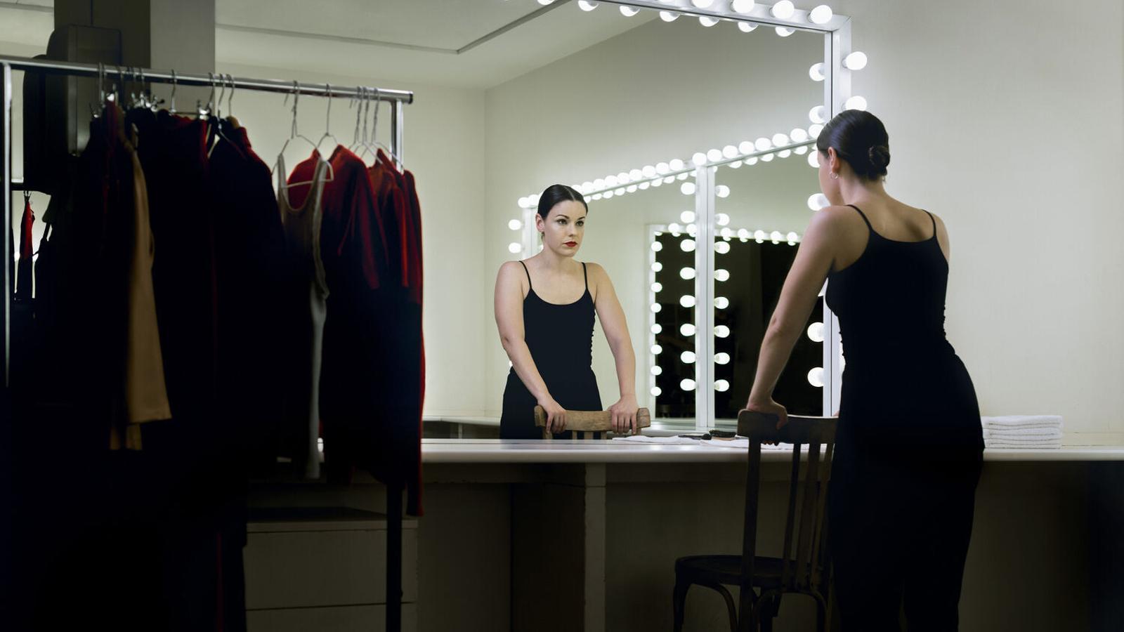 L'actriu Georgina Latre és una de les protagonistes de 'L'hèroe' de Santiago Rusiñol que es veurà al TNC / WHITE HORSE / TNC