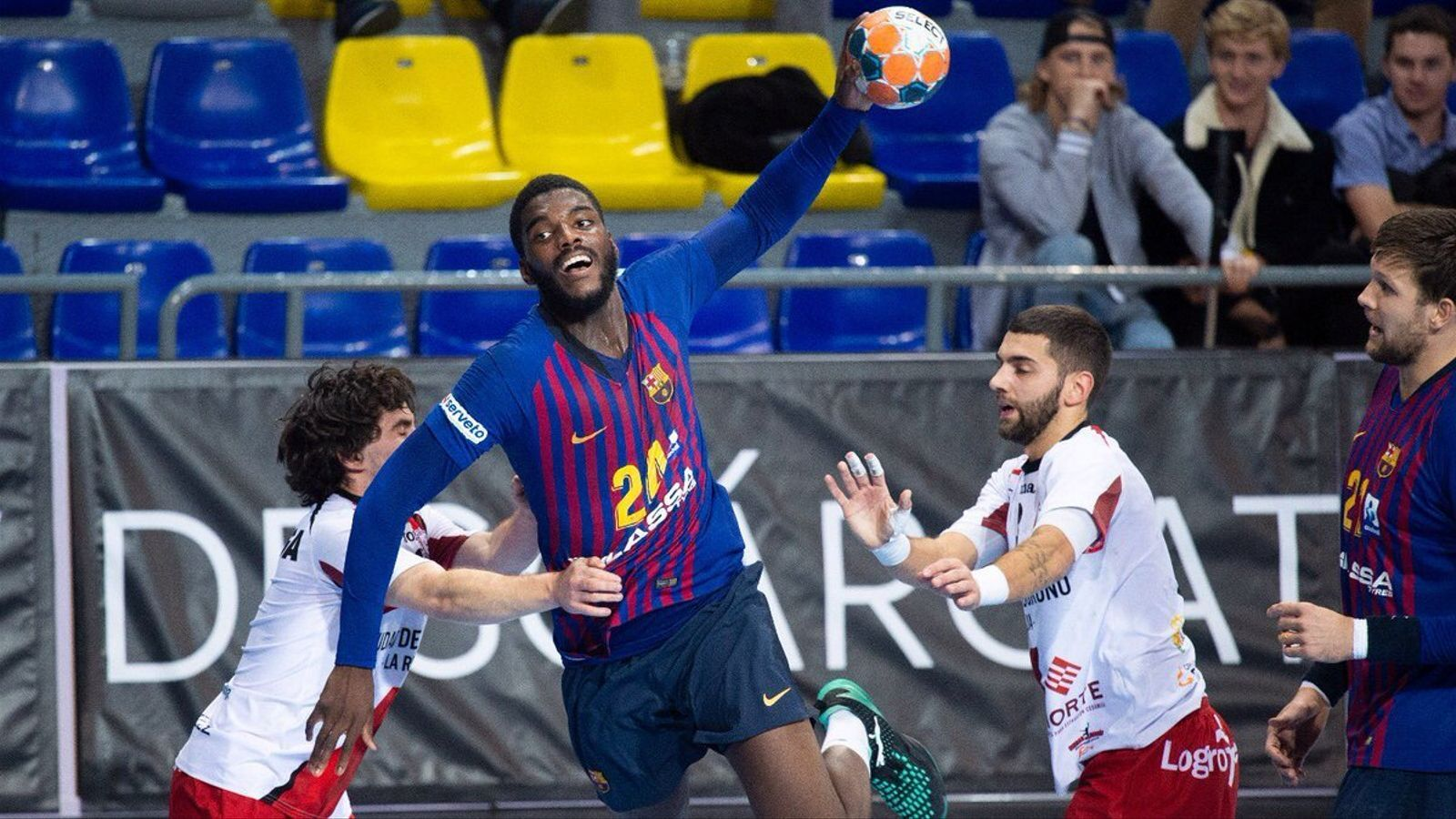 El Barça Lassa esmicola el Logronyo al Palau (45-31)