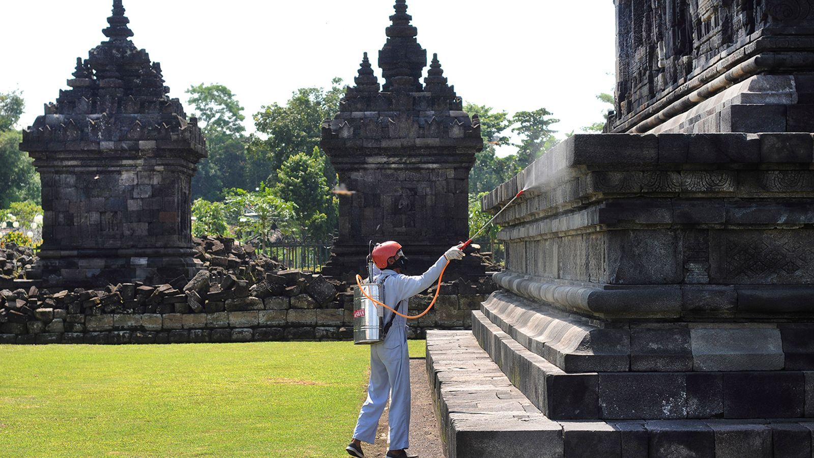 Desinfecció a Klaten, província de Java Central, Indonèsia