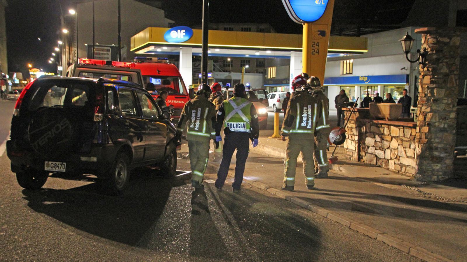 Fotografia d'arxiu d'un accident a l'avinguda Santa Coloma / ANA