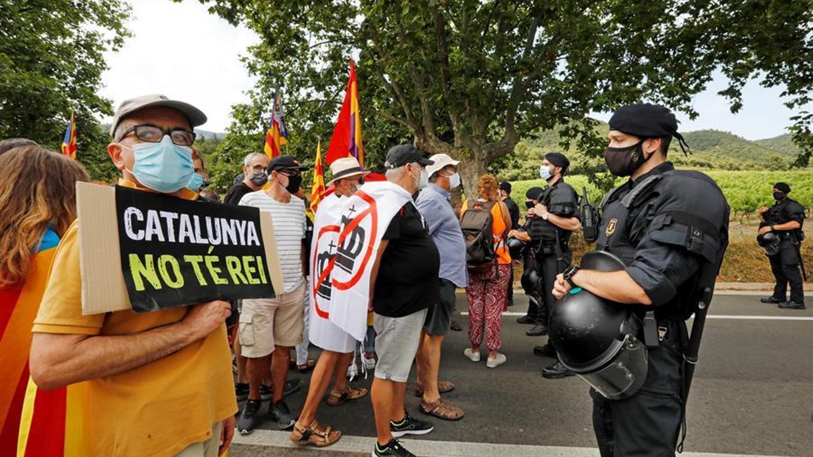 La visita dels reis a Catalunya torna a acabar amb incidents