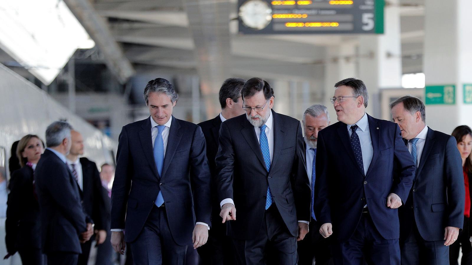 El president espanyol, Mariano Rajoy, i cap del Consell, Ximo Puig.