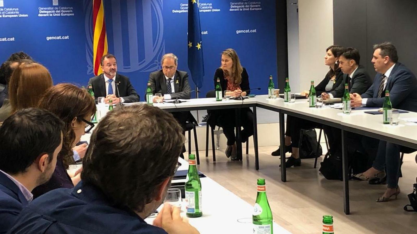 El president Quim Torra, el conseller d'Exteriors Alfred Bosch i la delegada de la Generalitat a la UE, Meritxell Serret.