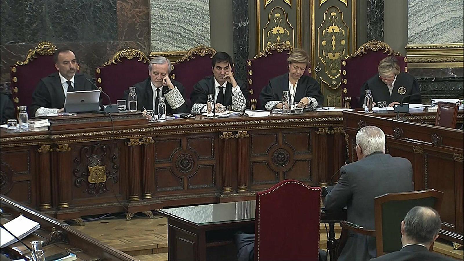 Imatge del tribunal que jutja els líders independentistes durant el testimoni de Trapote.