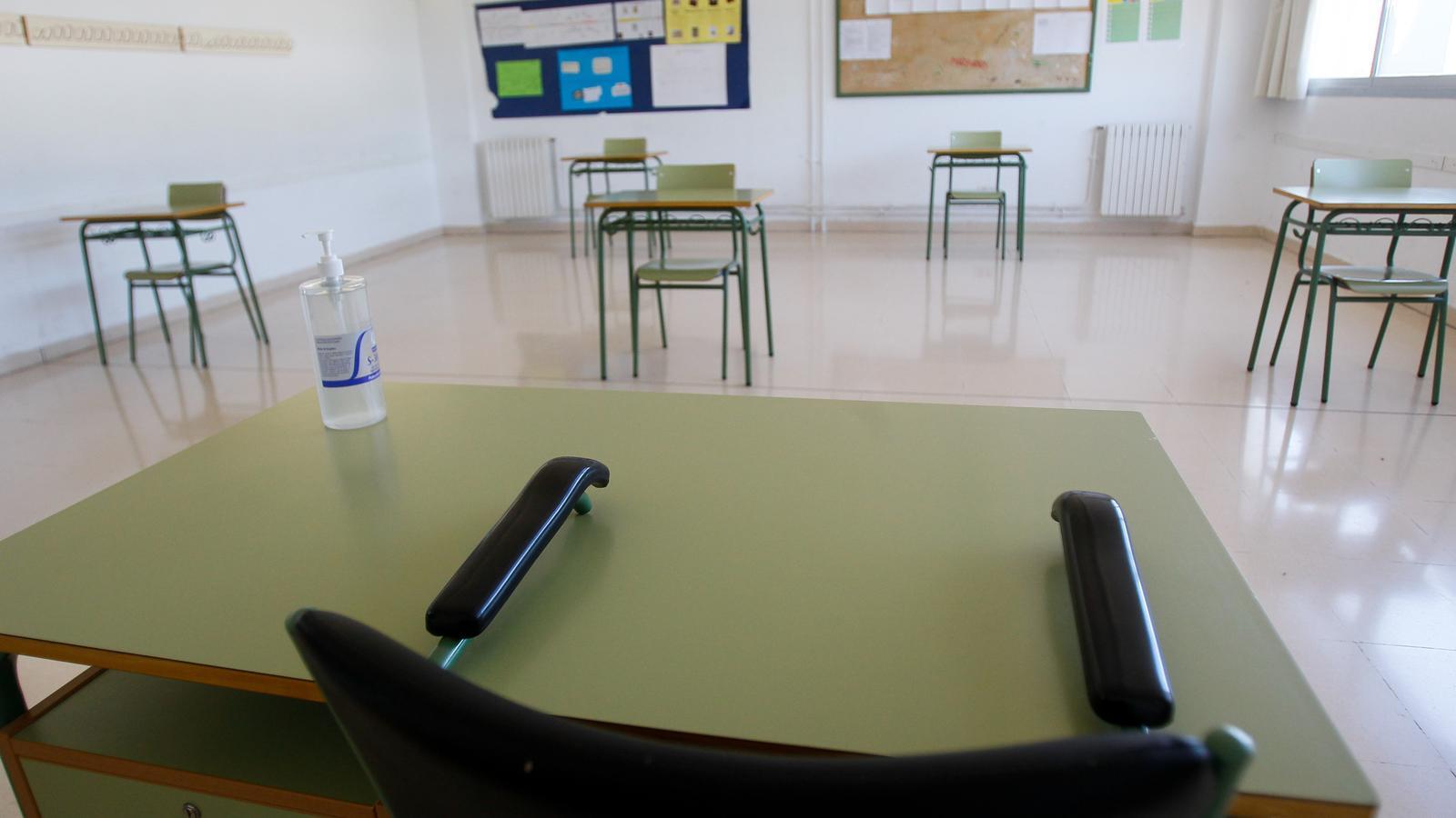 Aula de l'Institut de Binissalem adaptada amb les mesures de seguretat de prevenció de contagi del covid-19