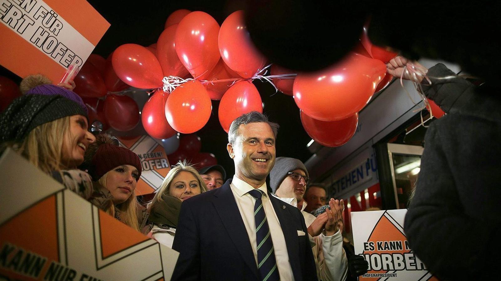 Àustria vota avui si fa president un populista de dretes