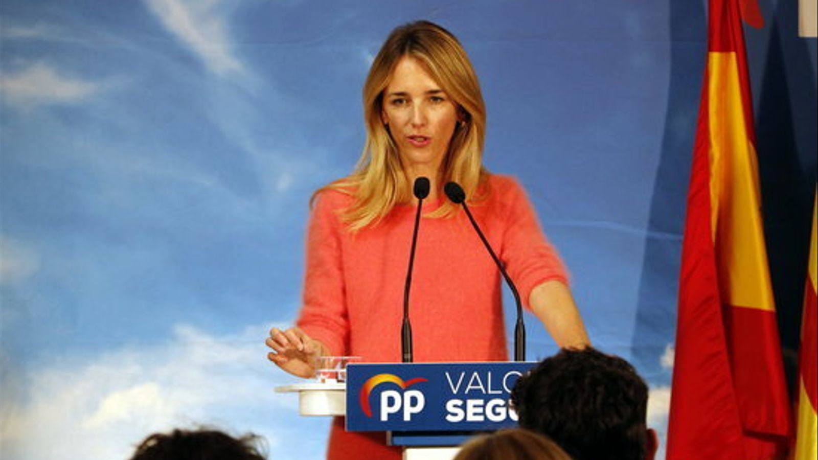 """Álvarez de Toledo presenta Espanya com una """"democràcia estúpida"""" per permetre rodes de premsa als presos"""