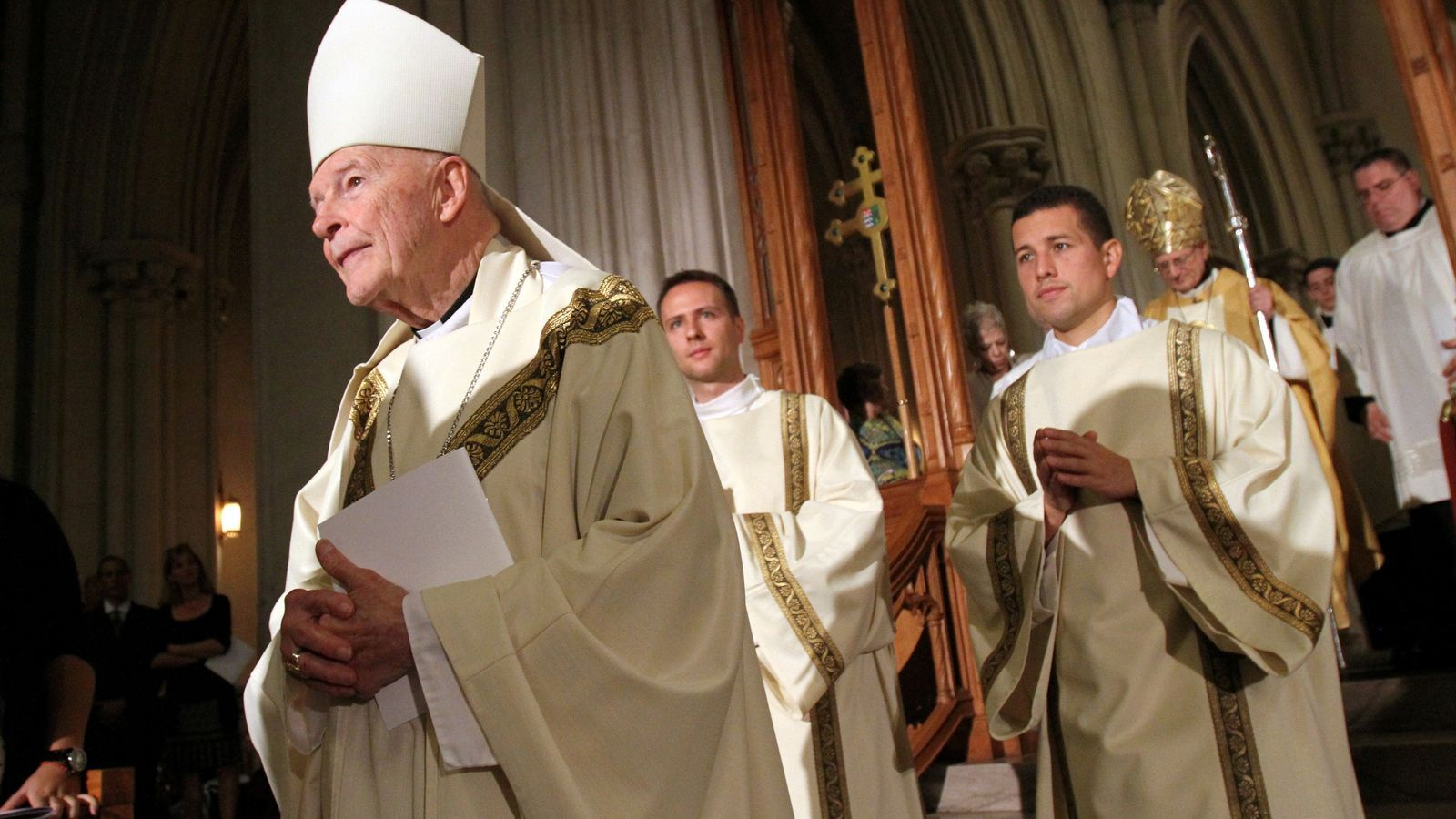 El Vaticà admet que els tres últims papes tenien informació sobre els abusos sexuals de l'exarquebisbe de Washington
