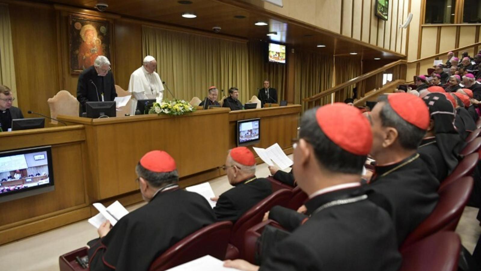 Les víctimes d'abusos relaten el seu infern al Vaticà