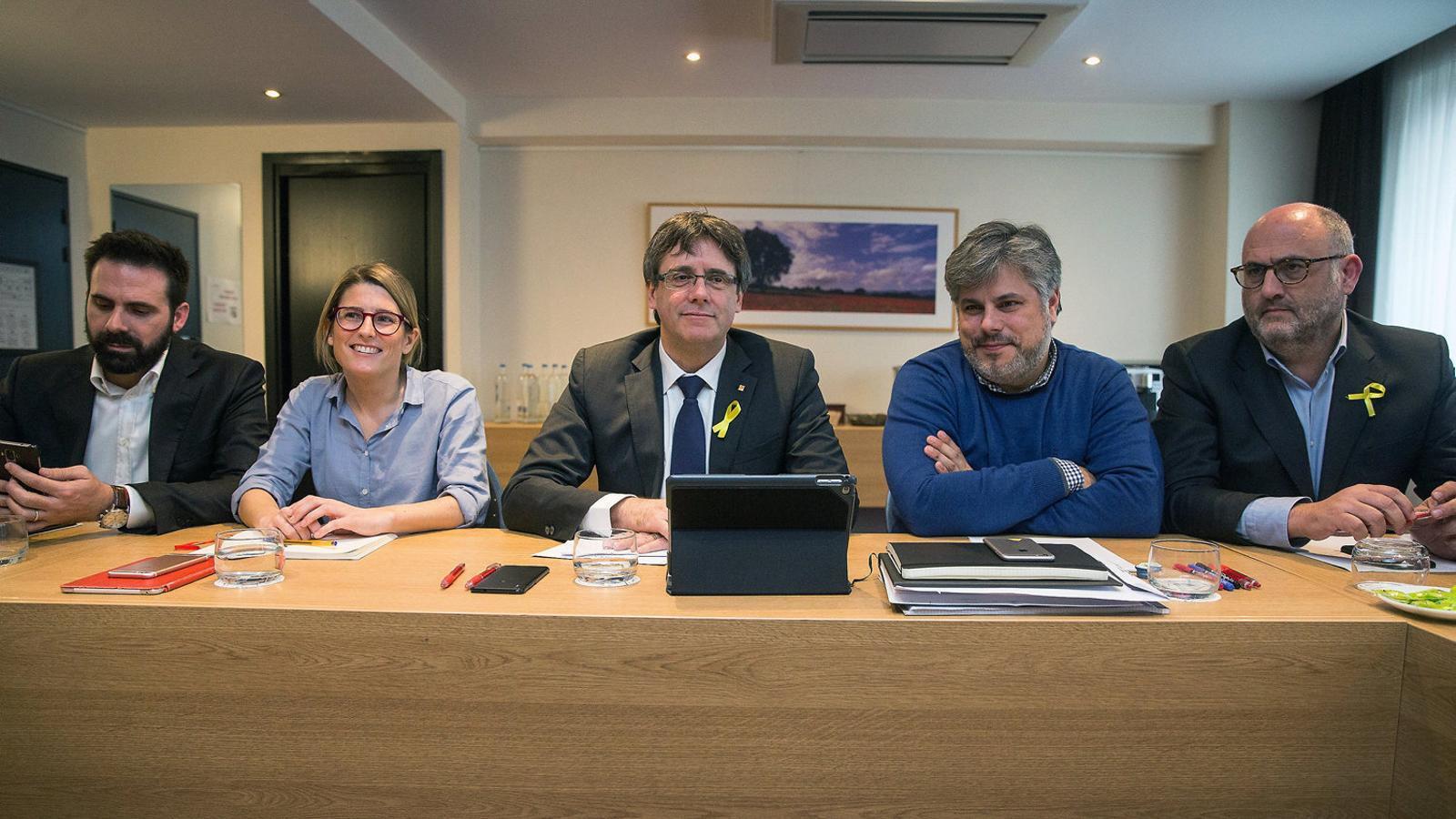 JxCat i ERC encarrilen de nou La investidura de Puigdemont