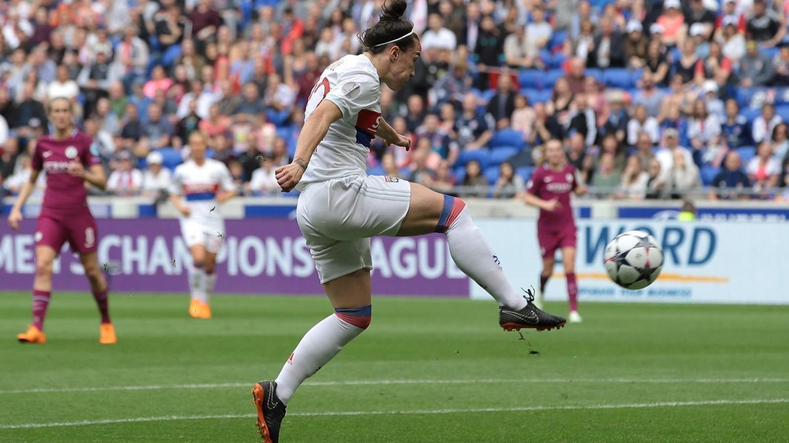 Lucy Bronze, autora del gol de l'1-0 del Lió davant del City