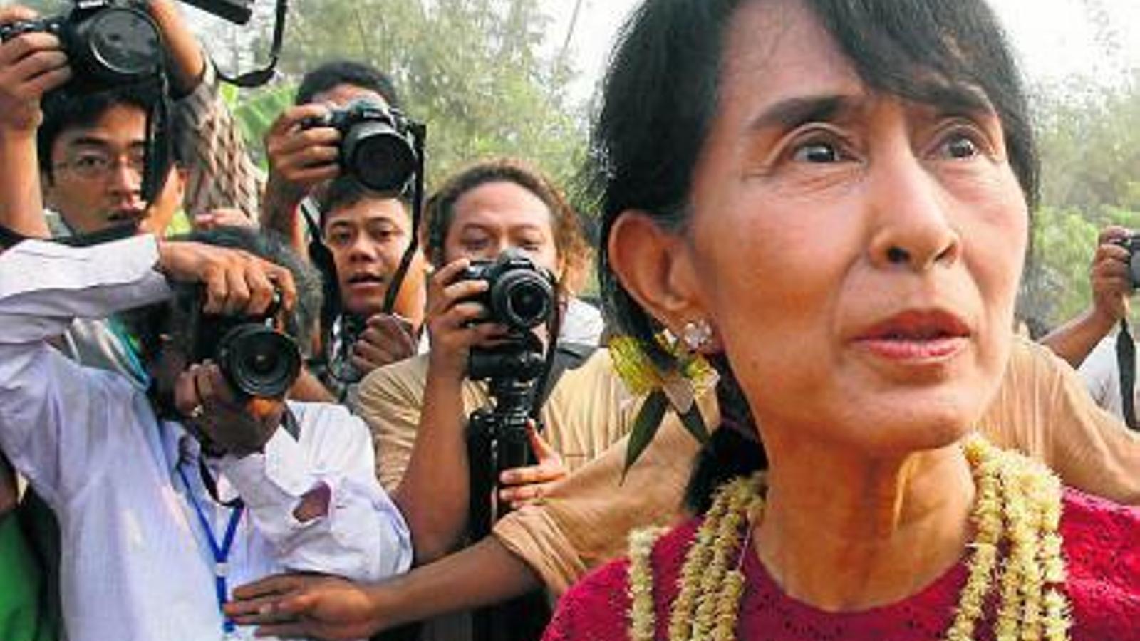 Aung San Suu Kyi, de dissident a diputada al Parlament birmà