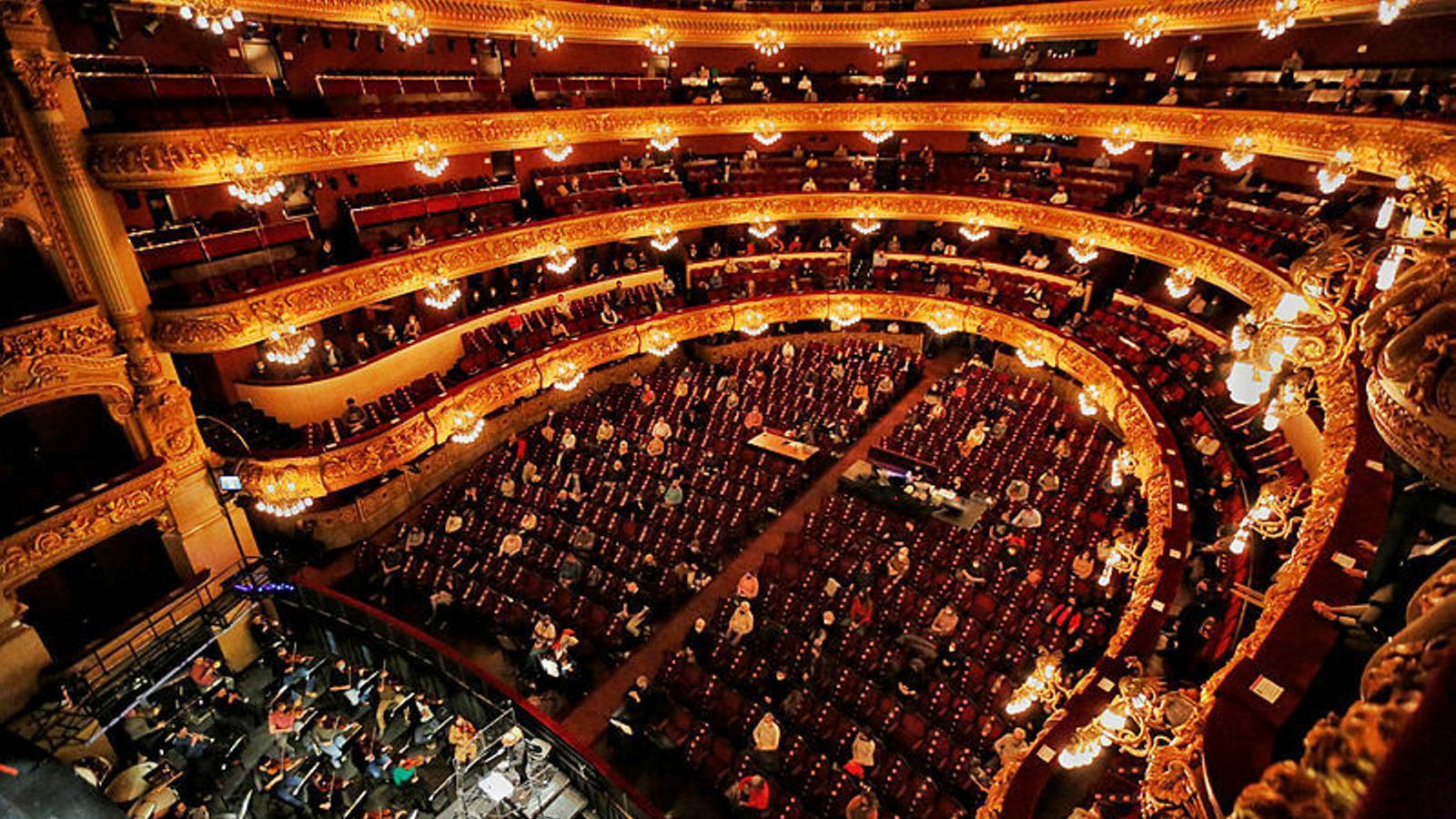 Aquesta és la imatge del Liceu amb 500 espectadors, feta en un assaig de 'La Traviata'