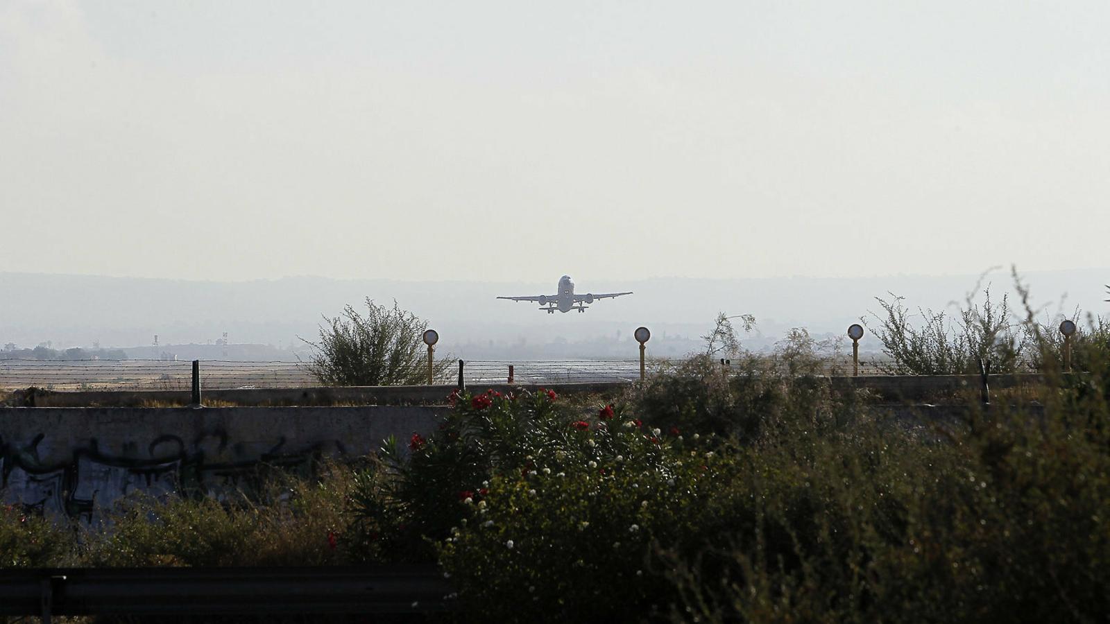 Aena promet que les obres a l'aeroport no duran més avions