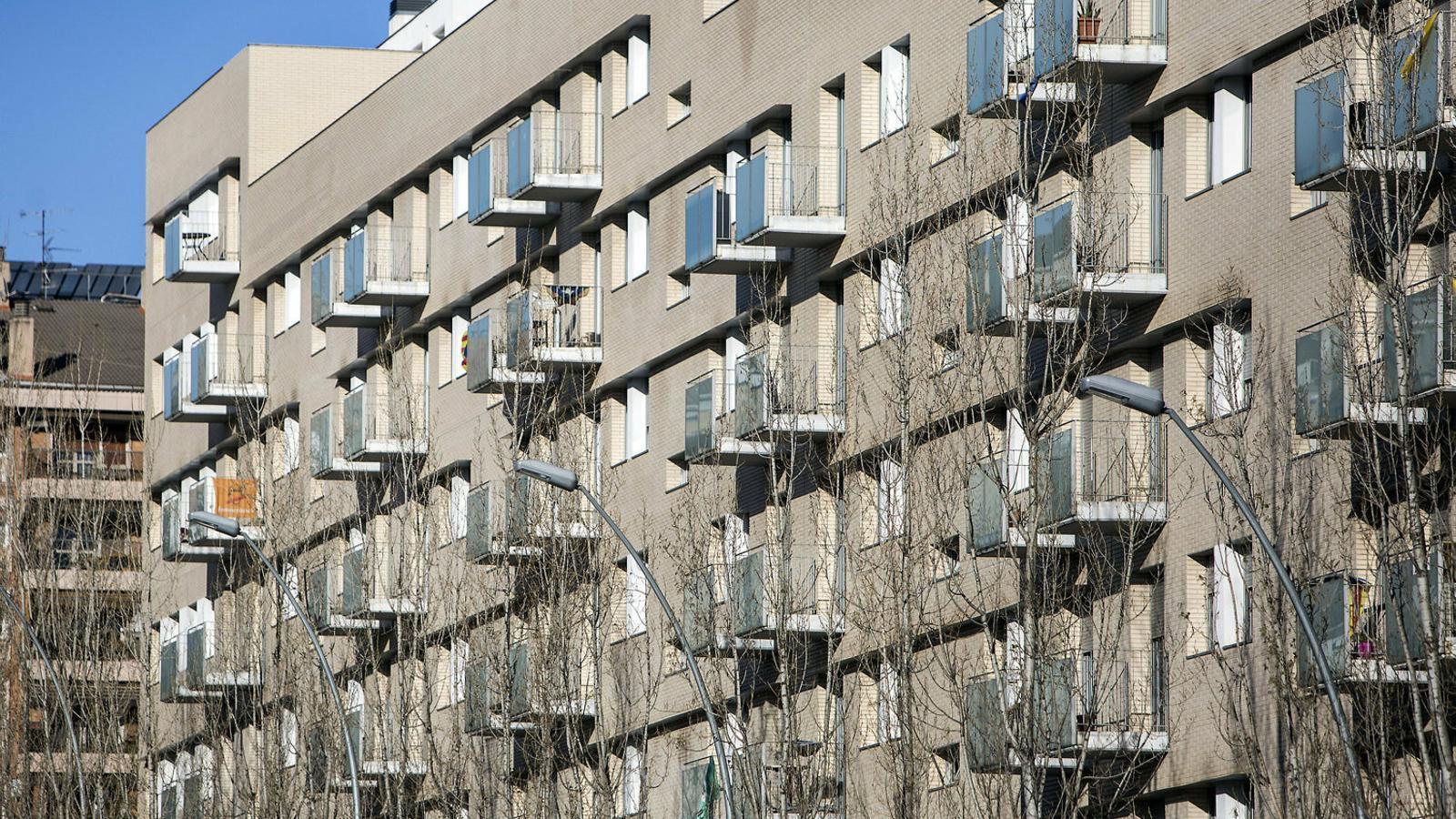 Frenada en sec de la venda d'habitatges
