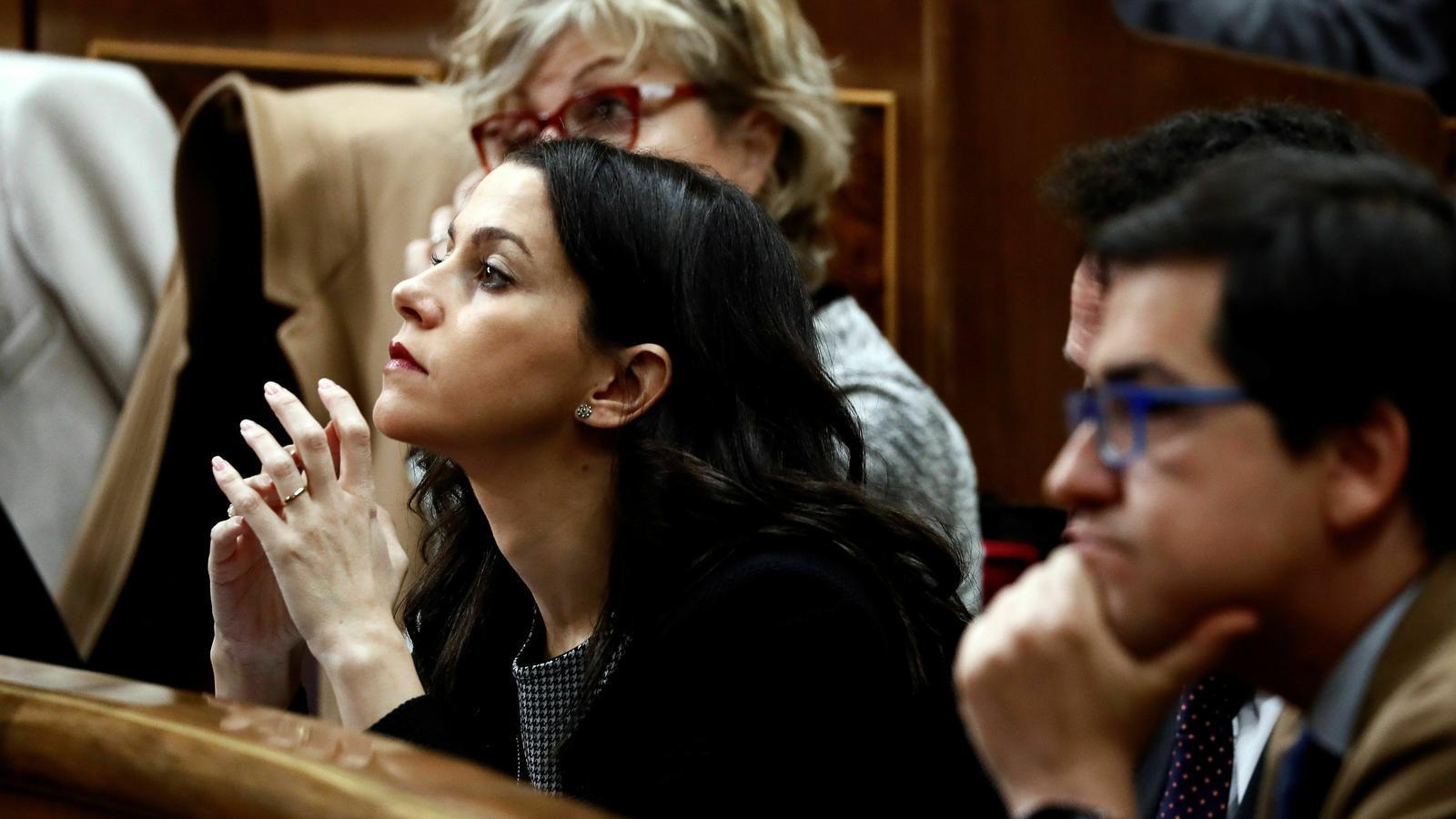 Arrimadas durant la investidura de Pedro Sánchez, al Congrés