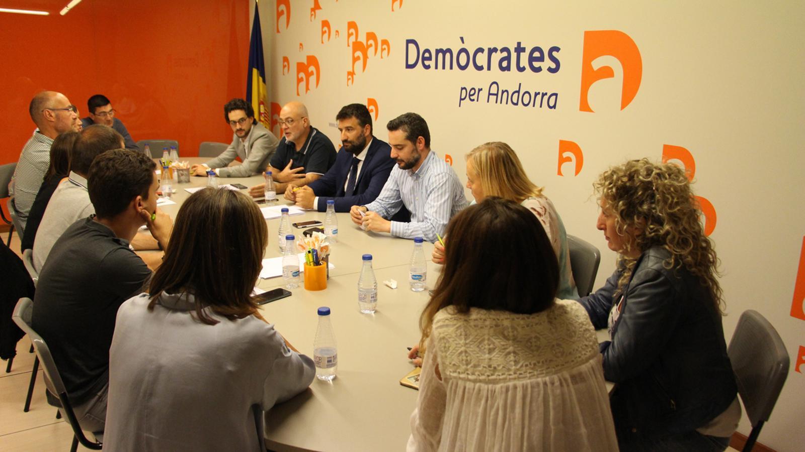 Un moment de la reunió de l'executiva de Demòcrates per Andorra. / M. M. (ANA)