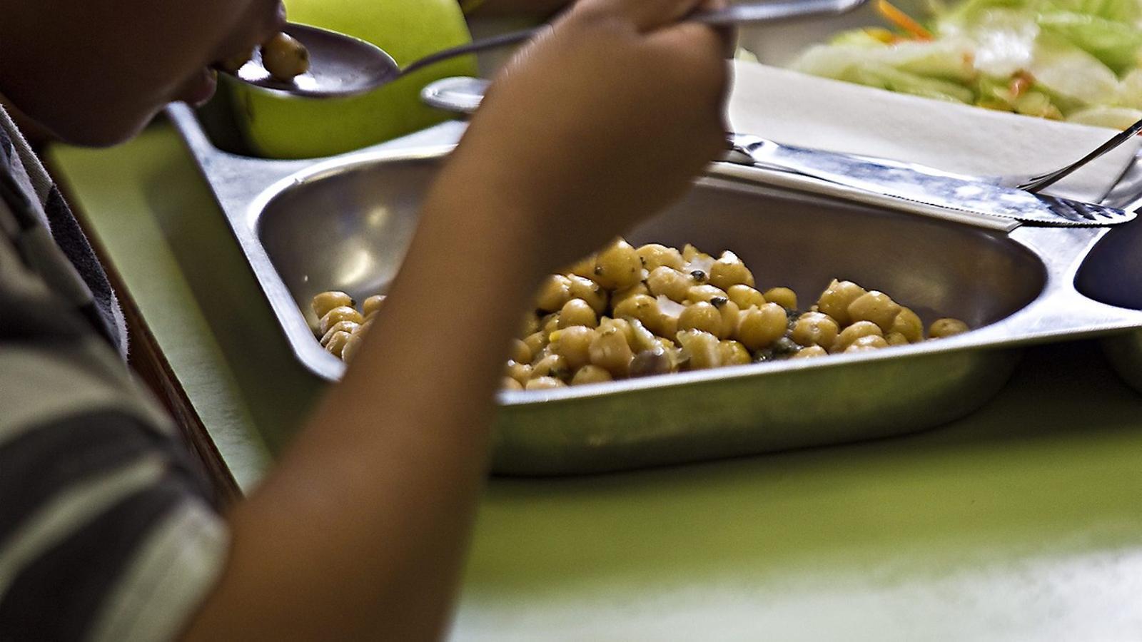 El govern municipal crea un fons de 9,2 milions d'euros d'ajuts als nens
