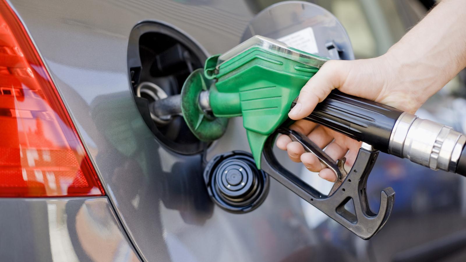Com afectarà la nostra butxaca l'augment del preu del petroli?