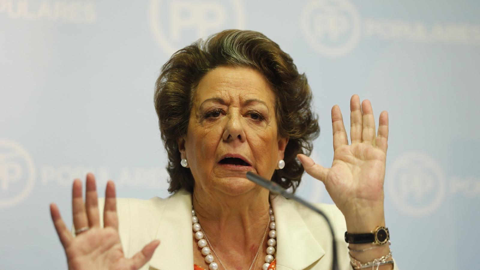 Rita Barberá ha assegurat en una compareixença pública que no pensa deixar el Senat.