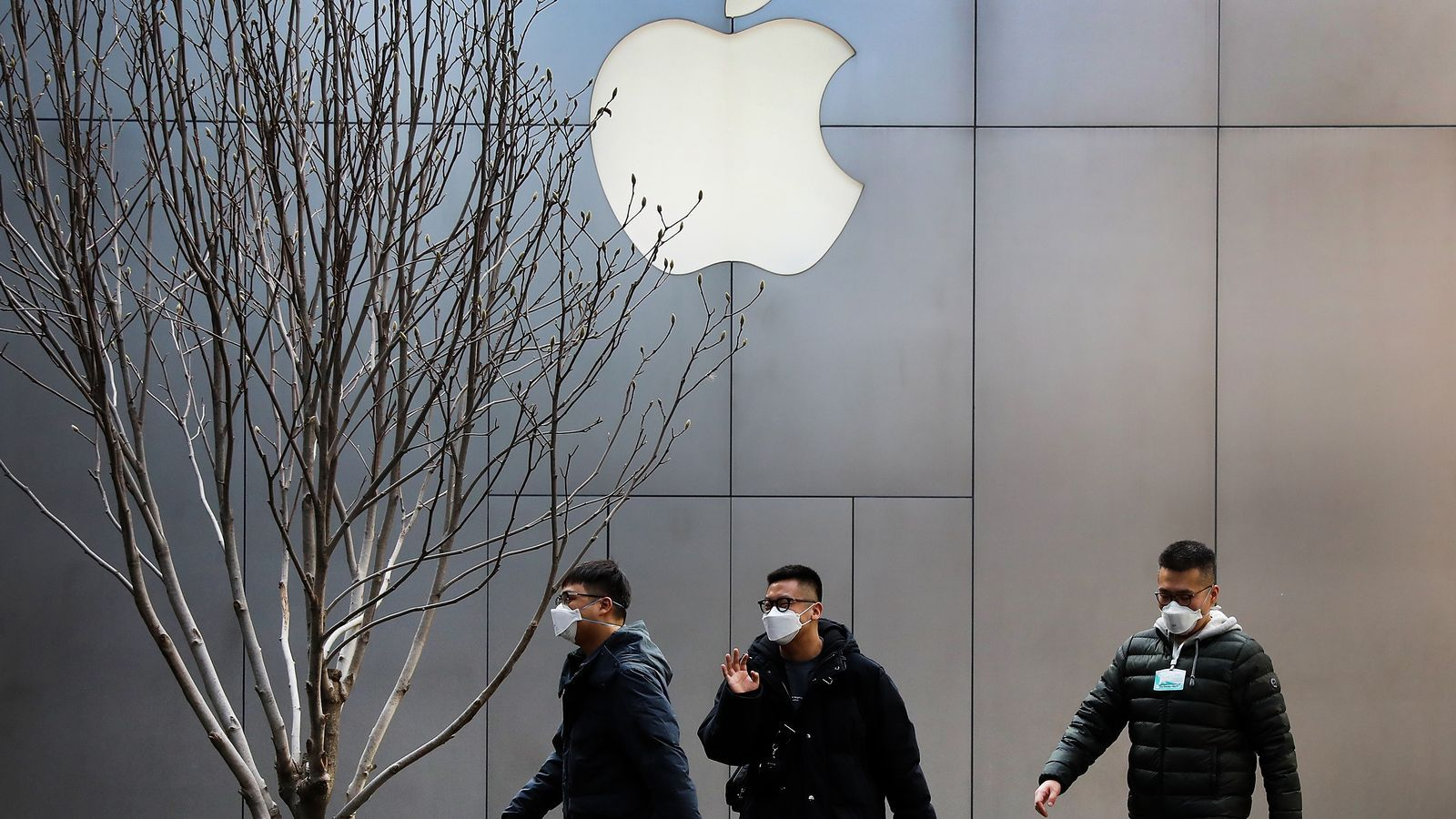 Apple alerta que el coronavirus ha frenat la fabricació i venda d'iPhones