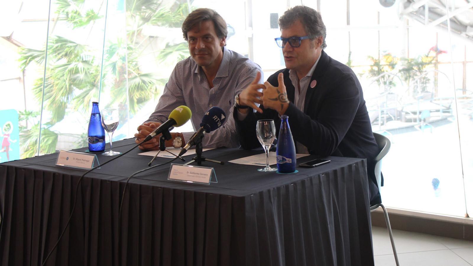 El director de Caldea, Miguel Pedregal, i el conservador i director artístic del Museu Carmen Thyssen, Guillermo Cervera, durant la presentació del concurs de dibuix d'aquest dijous. / M. P. (ANA)