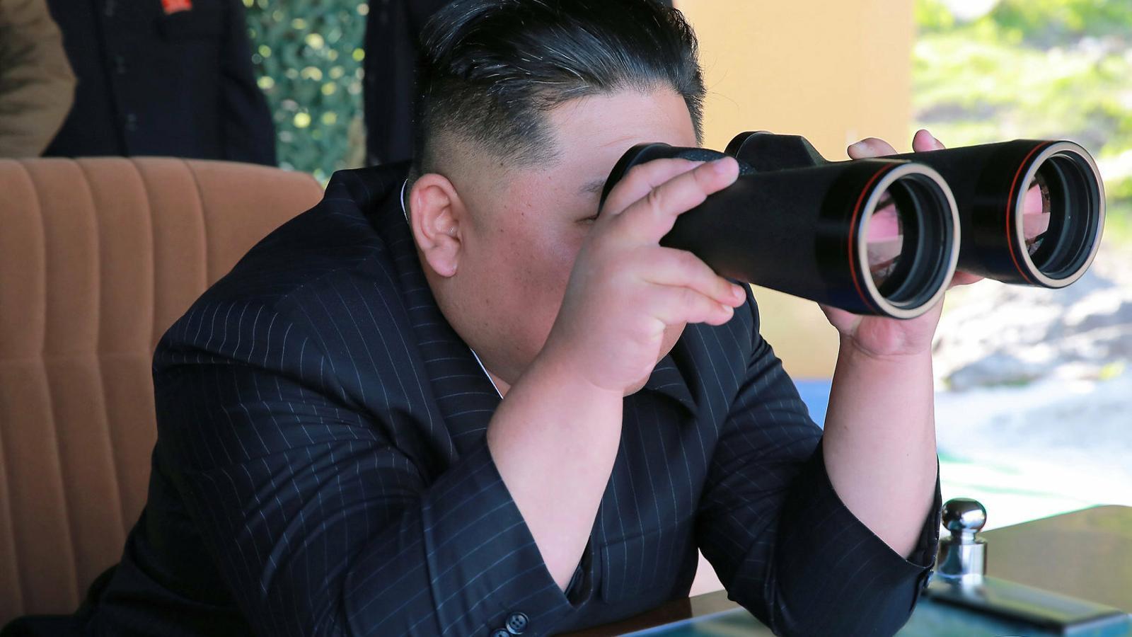 Kim Jong-un torna a ensenyar les dents